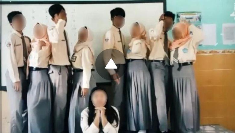 Viral, Pelajar SMA di Blitar Tampilkan Gerakan Porno Aksi