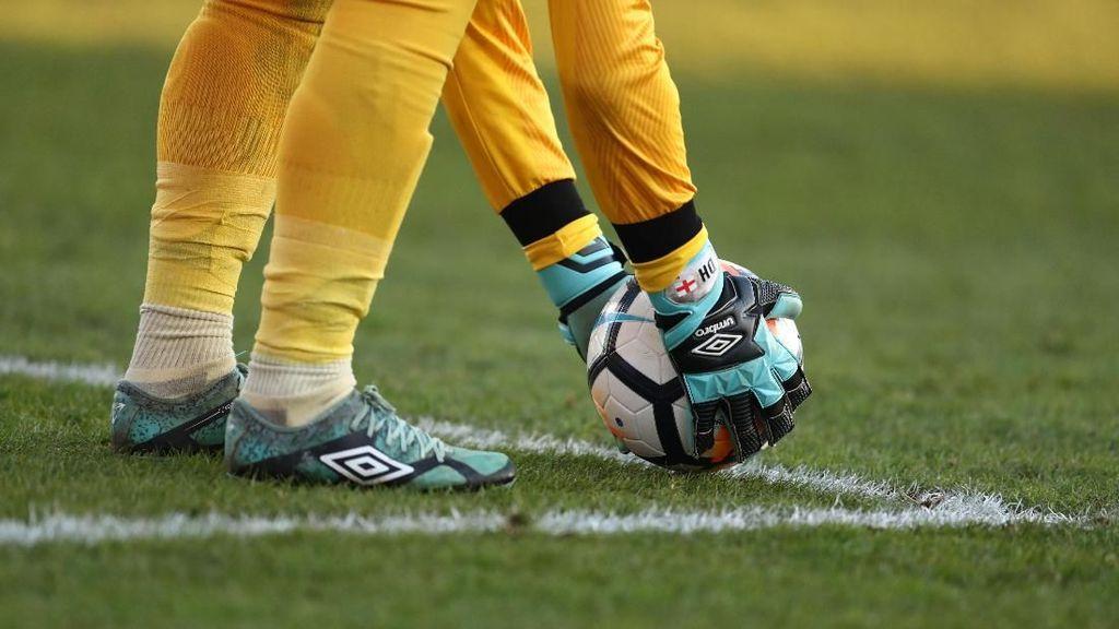 7 Penyelamatan Spektakuler di Match I Piala Dunia