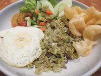 Biar Kenyang dan Hangat, Enaknya Makan Lidah, Iga dan Ayam Bumbu Cabe Ijo