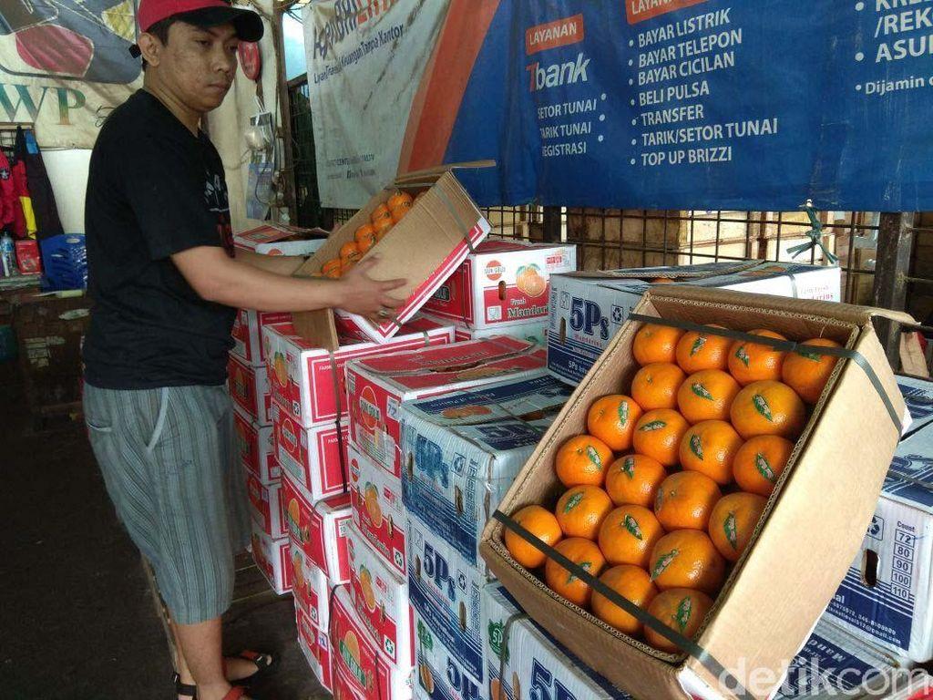 Impor Jeruk Mandarin hingga Kendaraan Bermotor Turun di Februari