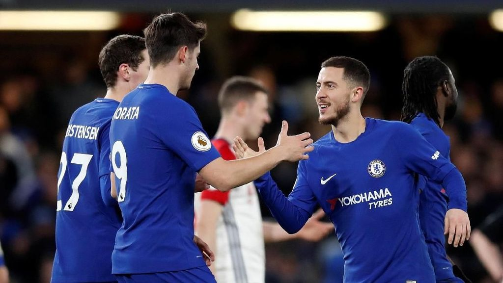 Hazard di Belakang Drogba dan Lampard