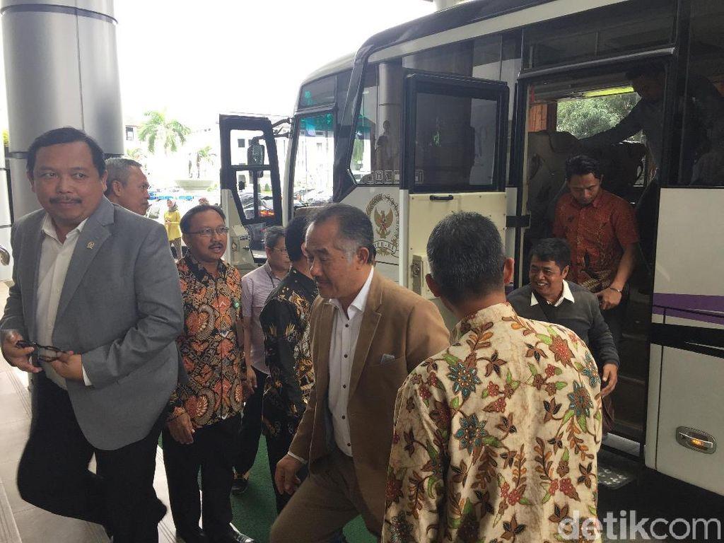 Usai Kunjungi PGN, Panja DPR Cek Holding Migas ke Pertamina
