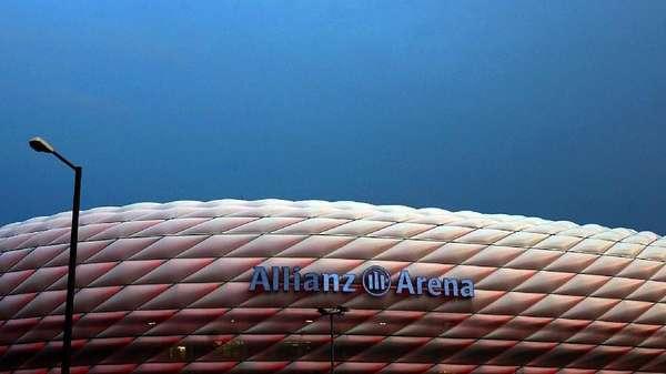 Di Allianz Arena Bisa Nonton Bayern Tanding Sambil Santai di Kasur