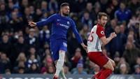 Debut Giroud bersama klub barunya dijalani sebagai pemain pengganti dalam 26 menit akhir saat Chelsea kalah 1-4 dari Watford pekan lalu. Ia kini dipercaya jadi starter untuk kali pertama ketika Chelsea menjamu West Bromwich. (Foto: Andrew Couldridge/Action Images via Reuters)
