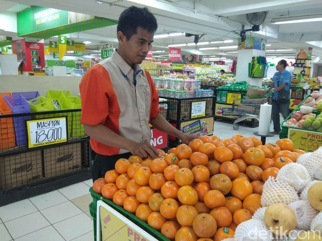 Importir: Jeruk Mandarin saat Imlek Bak Ketupat di Idul Fitri