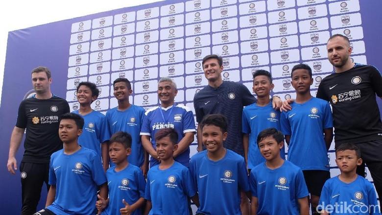 Zanetti Jadi Tamu di Peluncuran Akademi Persib