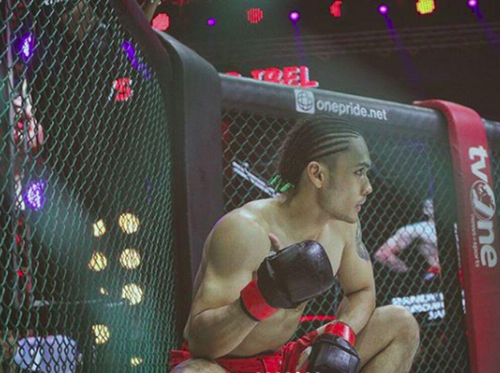 6 Seleb yang Ikut MMA, Olahraganya Khabib Nurmagomedov