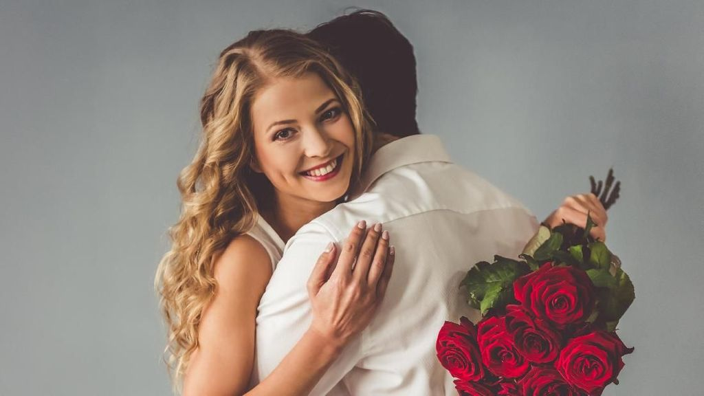 Salah Bahasa Inggris, 9 Postingan Status di Medsos Ini Gagal Romantis