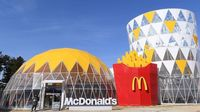 Wow! Di Gangneung Olympic Park Ada Gerai McDonald's Berbentuk Happy Meal