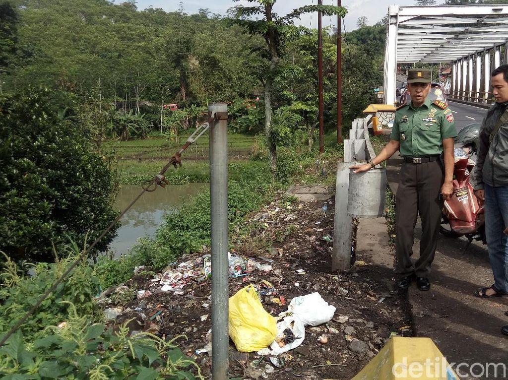 Tumpukan Sampah di Semarang Baru Dibersihkan, Hari Ini Sudah Ada Lagi