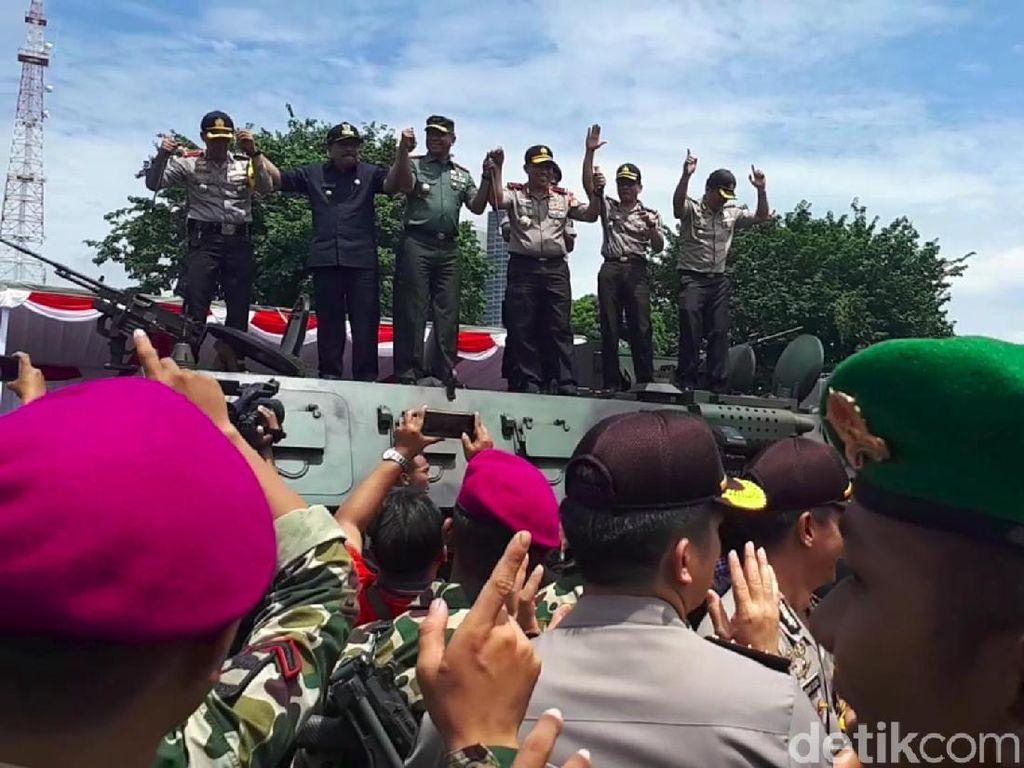 Jelang Pilkada Serentak, Gubernur Jatim Hentikan Bansos dan Hibah