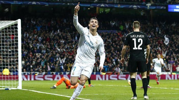 Real Madrid menang 3-1 atas PSG di leg pertama babak 16 besar Liga Champions (Foto: Gonzalo Arroyo Moreno/Getty Images)