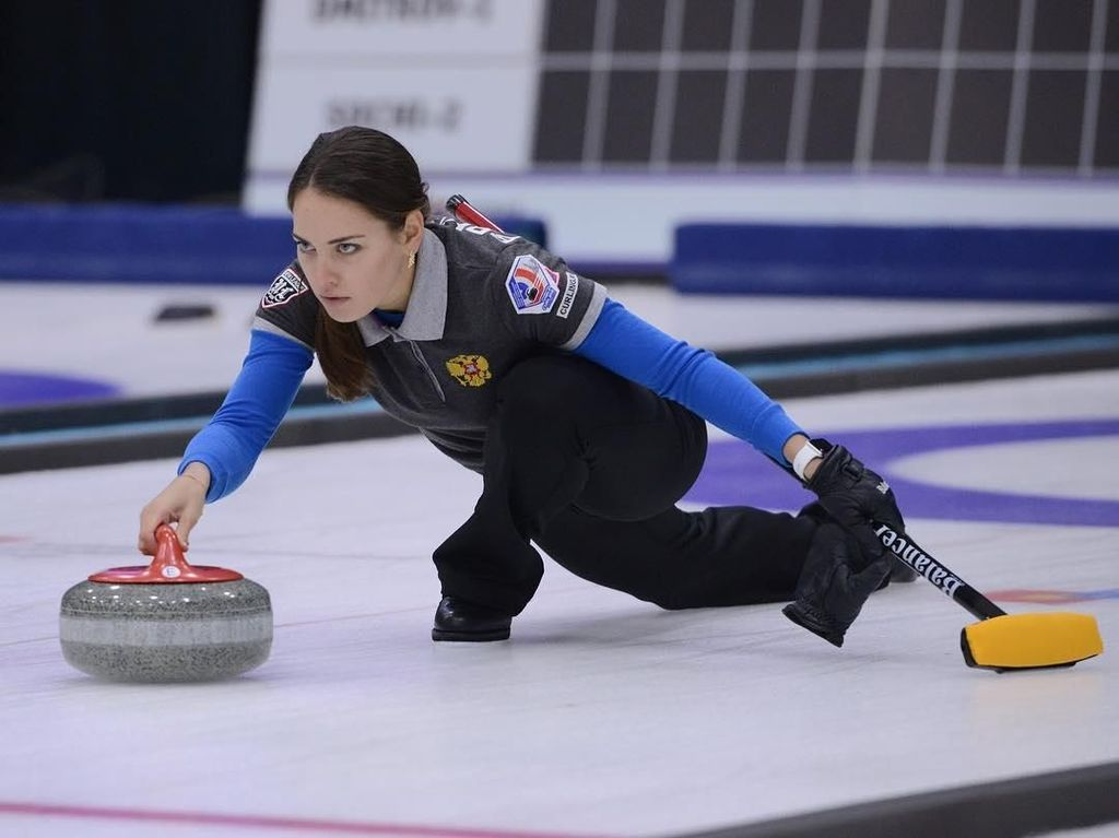 Foto: Liburannya Anastasia Bryzgalova, Atlet Cantik dari Rusia
