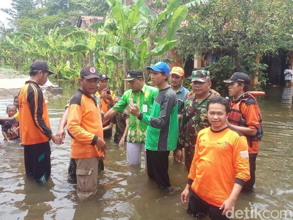 Bupati Demak Temui Warga yang Sudah 3 Bulan Kebanjiran