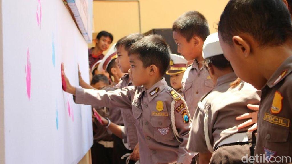 Cap Tangan Anak TK untuk Keselamatan Generasi Masa Depan