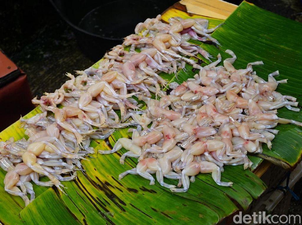 Foto: Makanan-makanan Tidak Biasa di Glodok, Berani Coba?