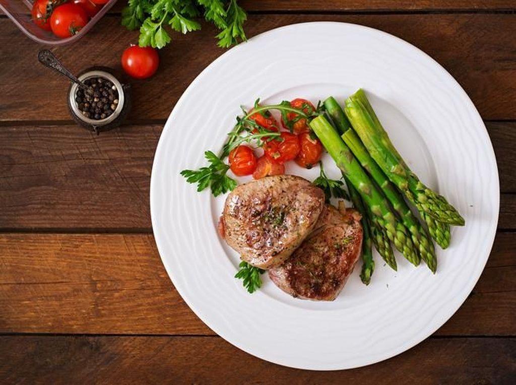Mau Bikin Beefsteak Empuk Juicy? Ini 5 Hal Penting yang Harus Diperhatikan