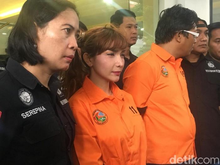 Sebelum Tertangkap, Roro Fitria Rencanakan Pakai Sabu Bareng Teman