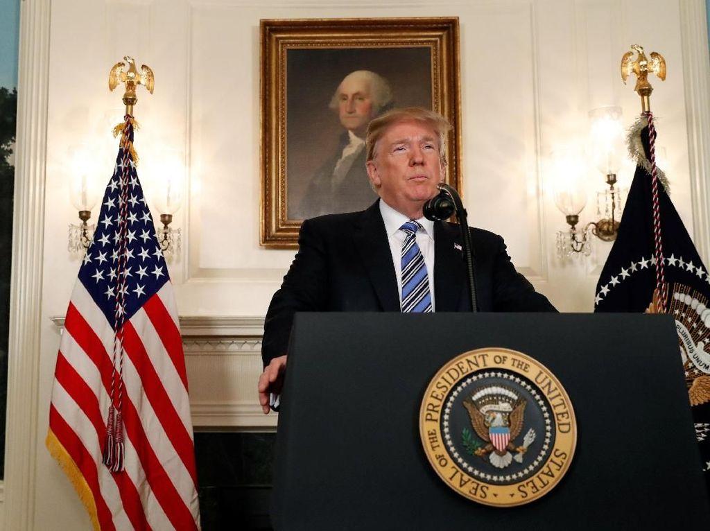 Trump Teken Aturan Bea Masuk Baja dan Aluminium AS
