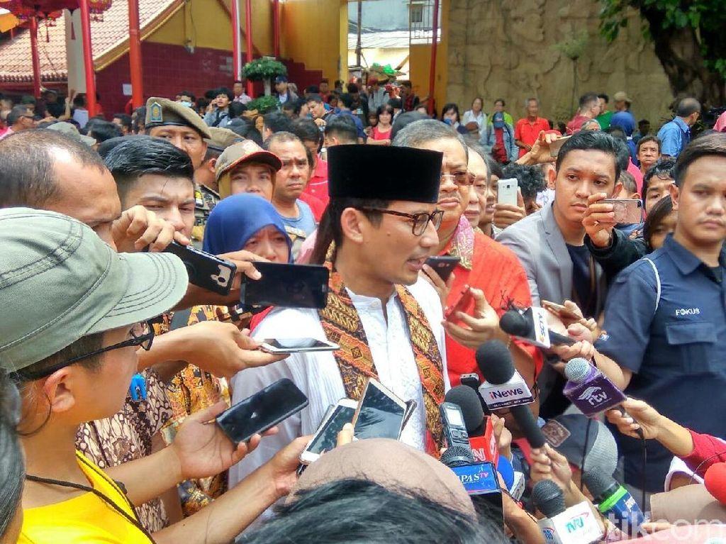 Imlek, Sandi Singgung Berbagi Rezeki dan Ketimpangan di Jakarta