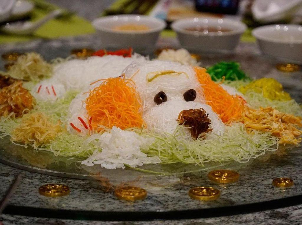 Deretan Yee Sang Berbentuk Anjing Lucu Ini Siap Menyambut Tahun Anjing Tanah