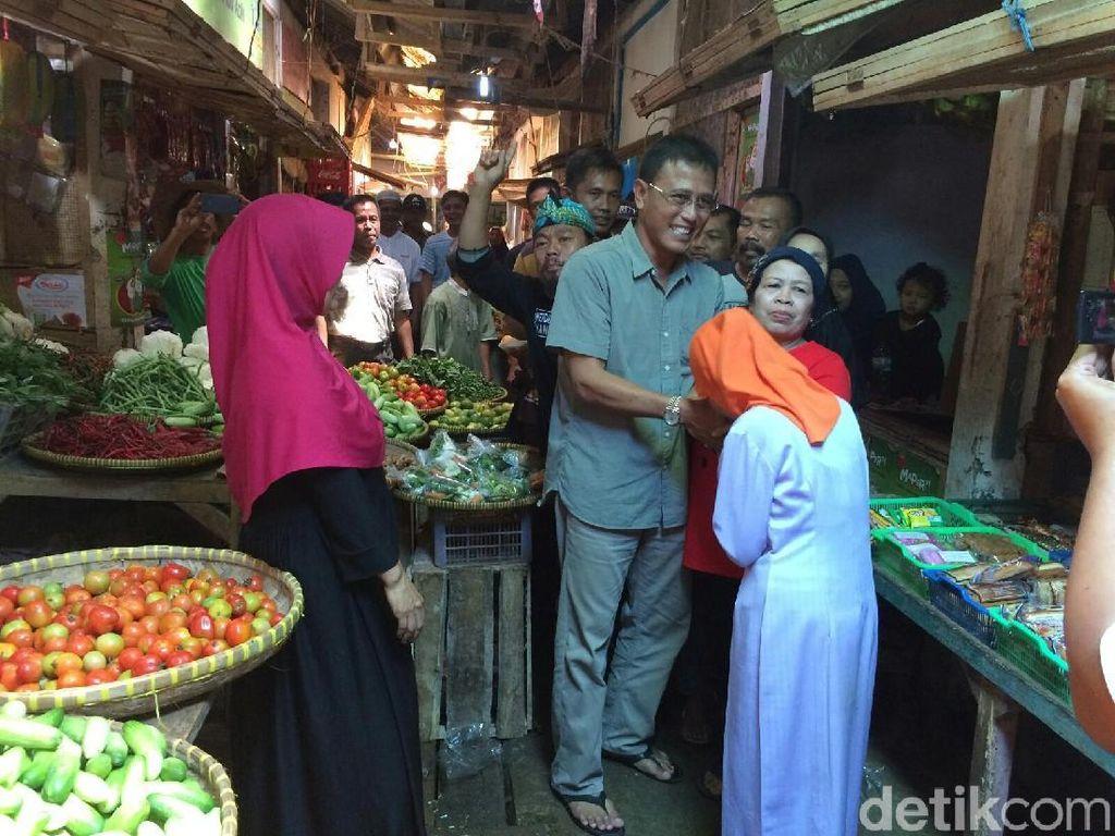 Curhat Pedagang Pasar Kawali ke Cabup Ciamis Soal Toko Modern