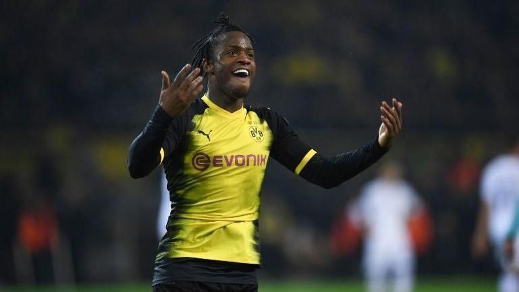 Gol Penyelamat Dortmund dari Batshuayi, Keren!