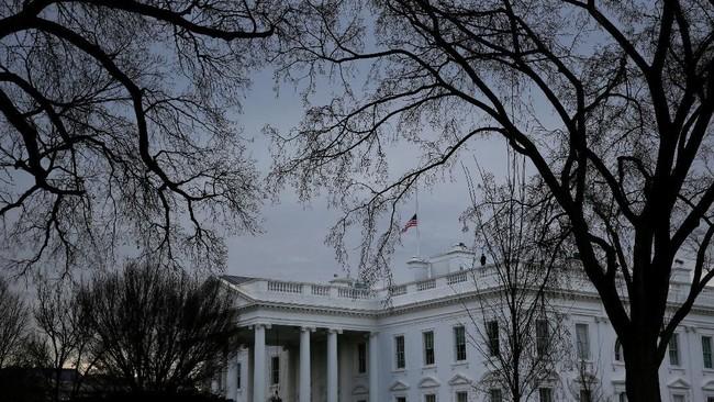 Ada Pria Nekat Bakar Diri di Dekat Gedung Putih