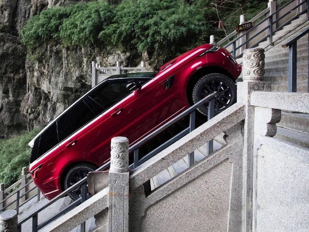 Range Rover Sport Catatkan Rekor Penjualan
