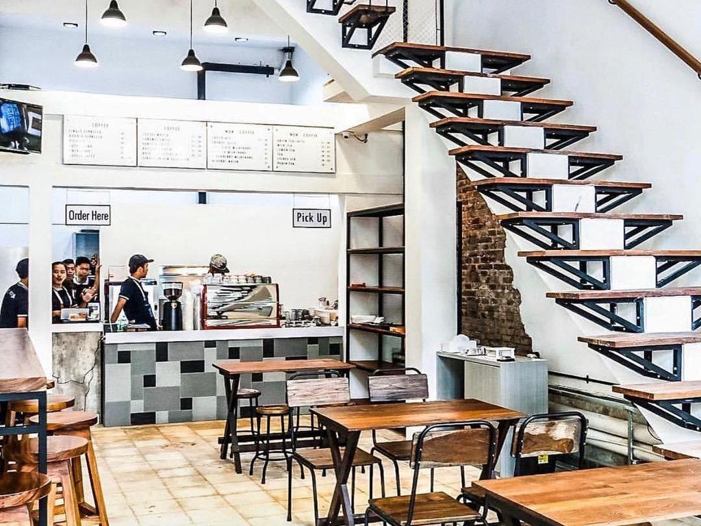 Jalan-jalan ke Kota Tua, Enaknya Ngopi Sambil Ngemil Cantik di 4 Kafe Ini
