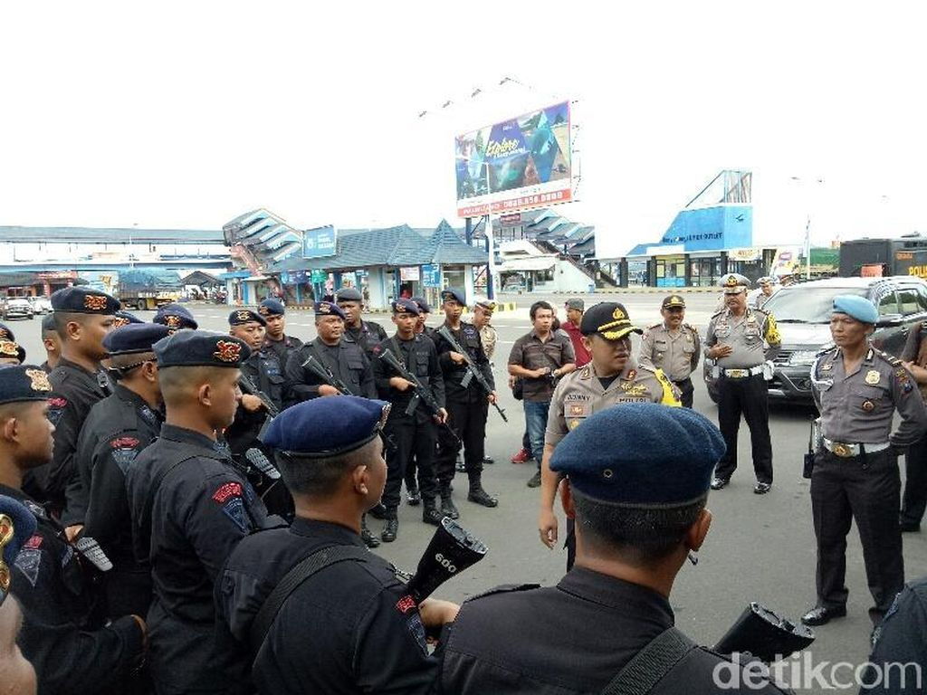 Bandara dan Pelabuhan Diperketat, Ini Imbauan Polres Banyuwangi
