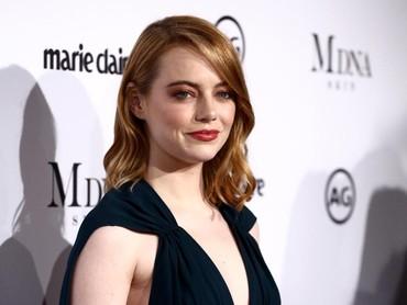 Setelah kemenangannya di Oscar tahun lalu, tahun ini Emma Stone didapuk membawakan Oscar di salah satu sesi. Foto: (Photo by Rich Fury/Getty Images)