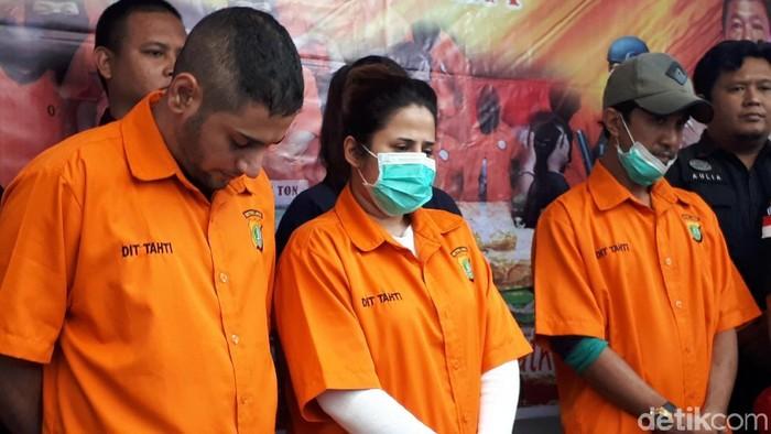 Anak Elvy Sukaesih yang Ditangkap Narkoba Mengidap TBC Stadium 3, Ini Kata Dokter