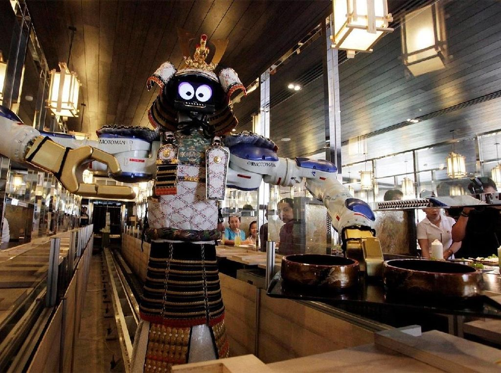 Seru! Makan Shabu-Shabu di Restoran Ini Dilayani Oleh Pelayan Robot