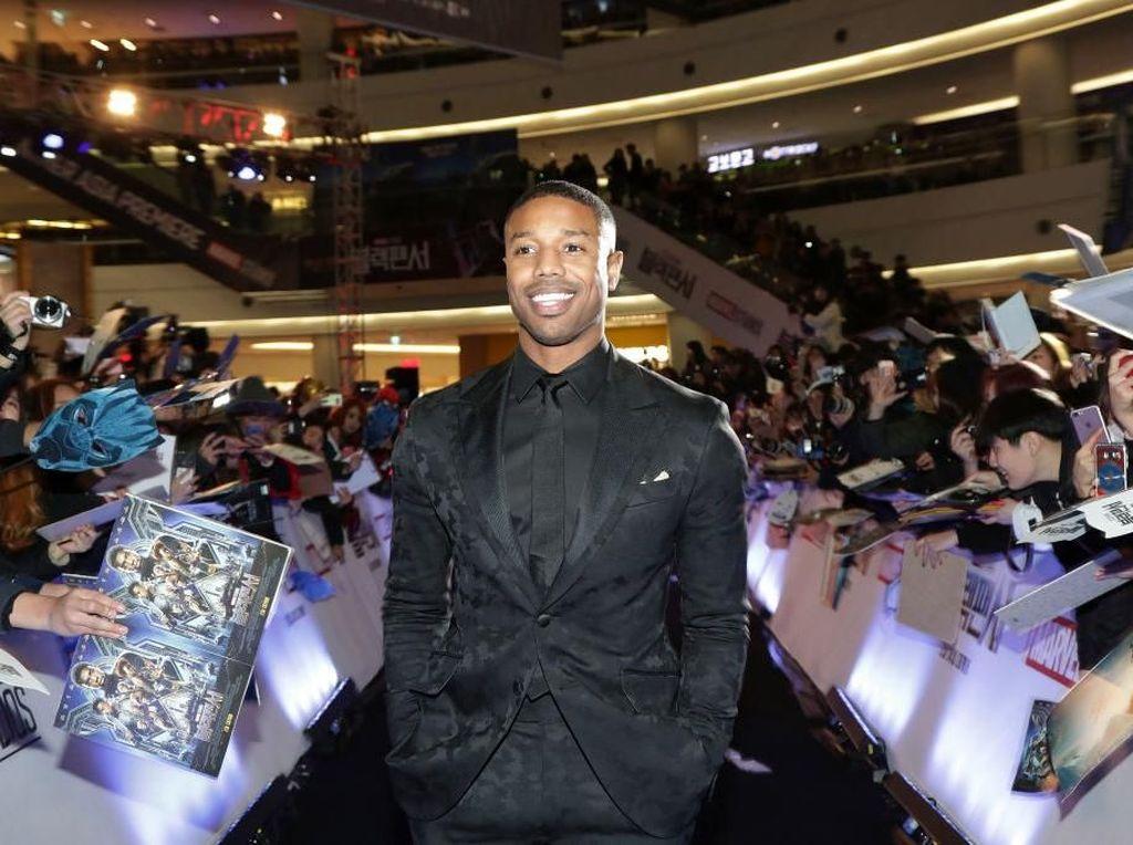 Michael B. Jordan Gantikan John Legend Jadi Pria Terseksi Sejagad