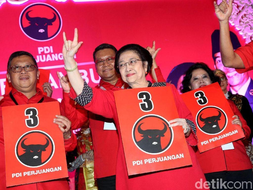 Begini Gaya Megawati Temui Kader dan Simpatisan