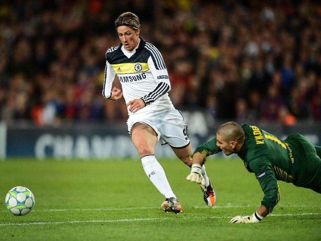 On This Day: Gol Legendaris Torres ke Gawang Barcelona