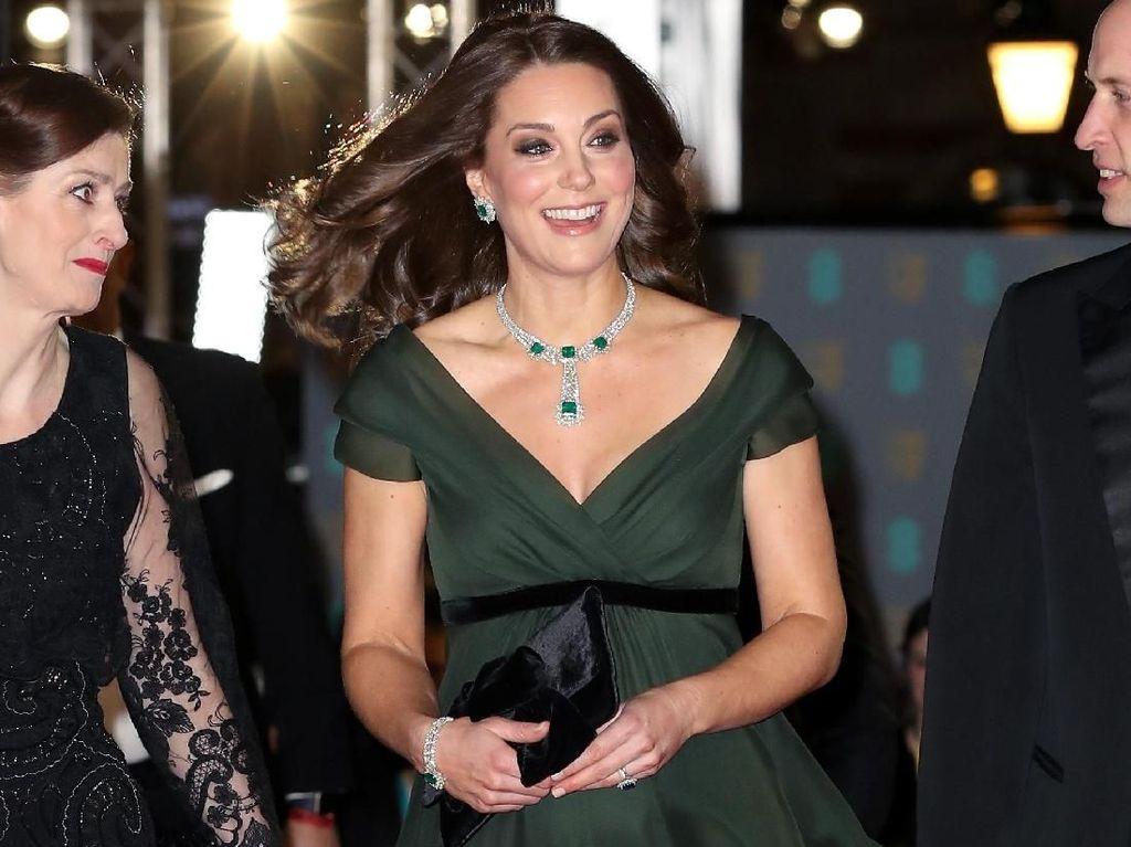 Tak Pakai Busana Hitam di BAFTA 2018, Kate Middleton Diprotes Netizen