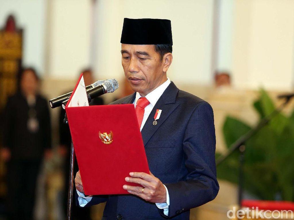 Jokowi Juga Lantik Komisioner KPU Pengganti Wahyu Setiawan