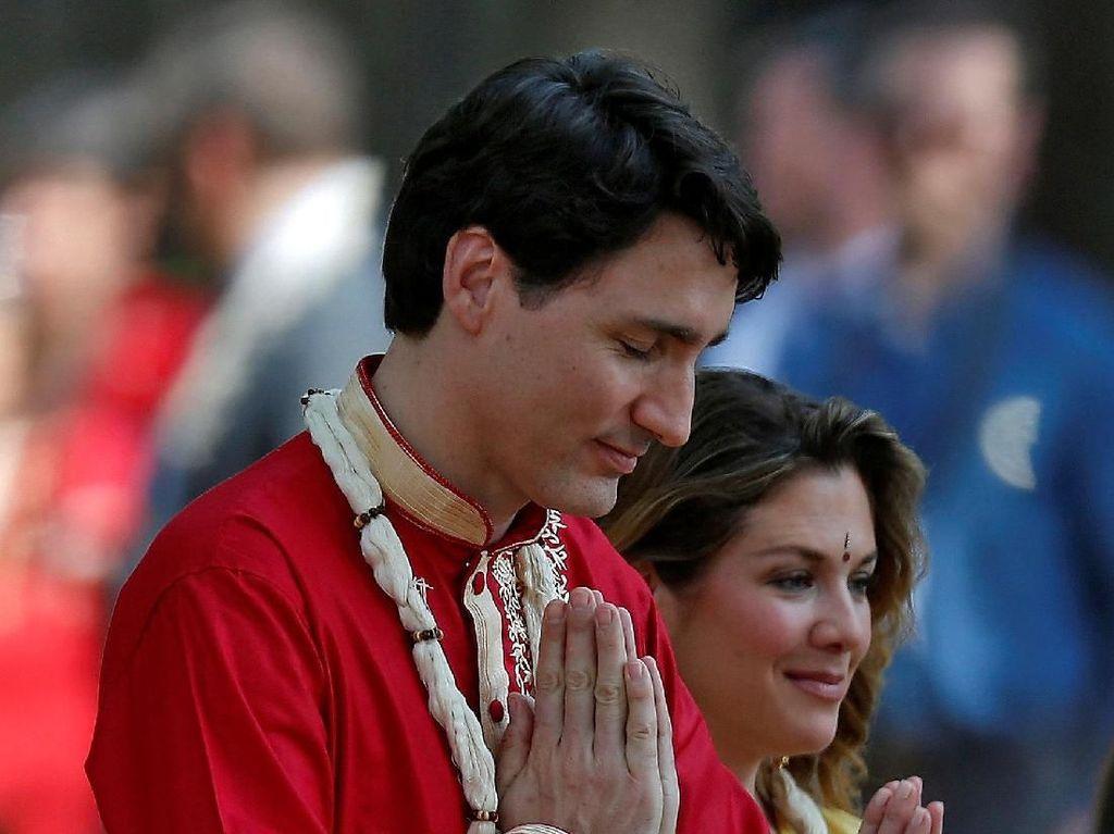 Foto: Gantengnya PM Kanada Justin Trudeau Pakai Baju Tradisional India
