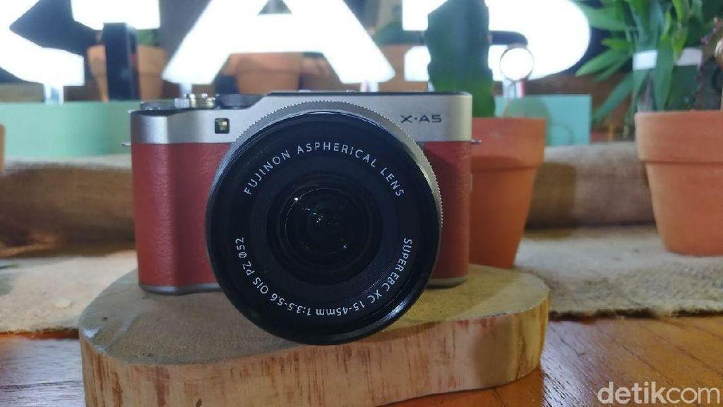 Penampakan Fujifilm X-A5, Mirrorless Modern Bergaya Retro