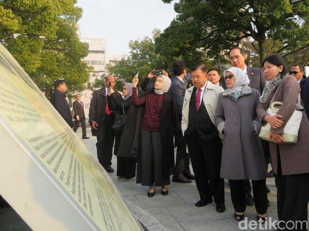 Ke Monumen Bom Atom Hiroshima, JK: Ini Akibat Perang Pakai Nuklir