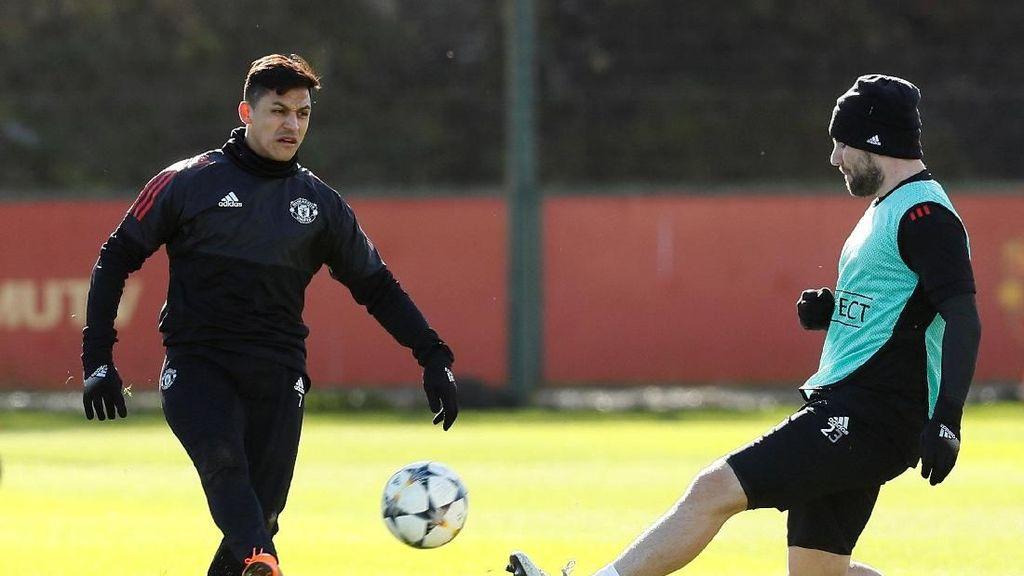Sanchez Tinggalkan Arsenal karena Ingin Main di Liga Champions
