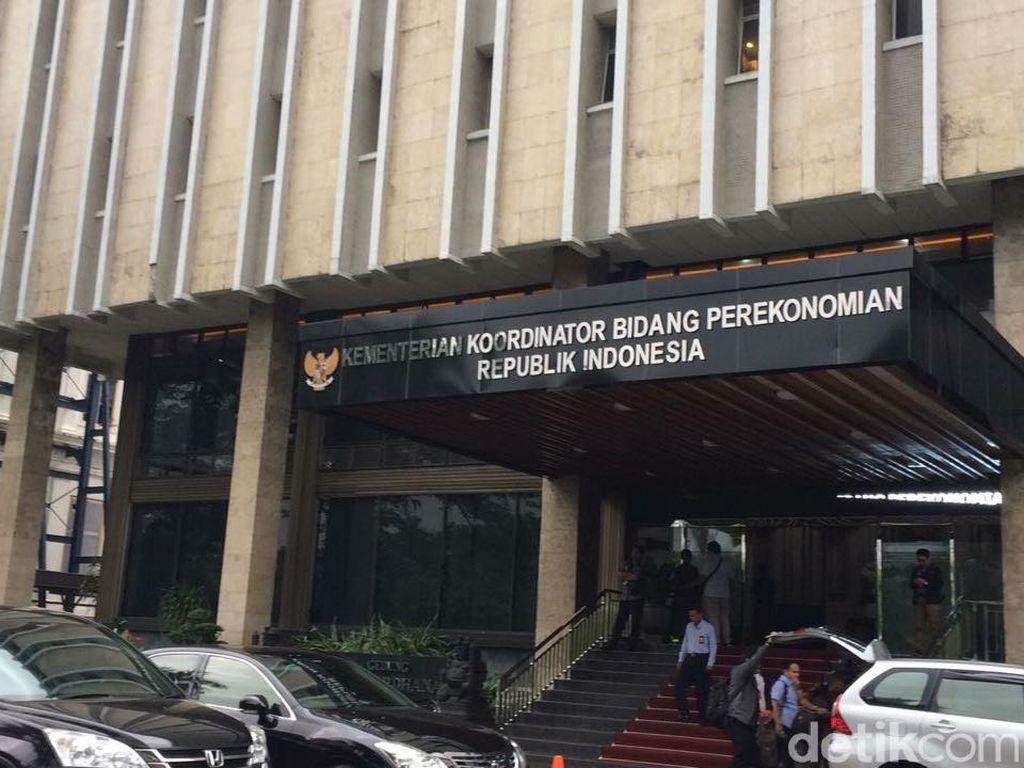 Darmin Kumpulkan Pejabat Bahas Sekolah Kejuruan