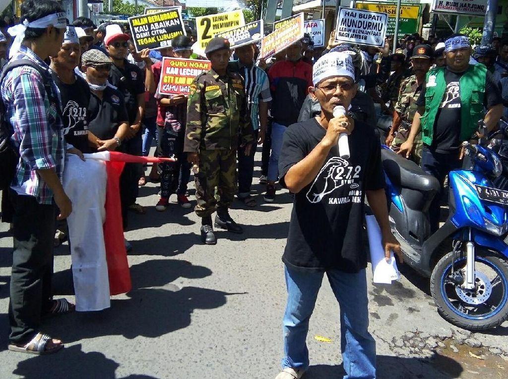 Warga Jember Gelar Aksi 212 Kritisi Kepemimpinan Bupati Faida
