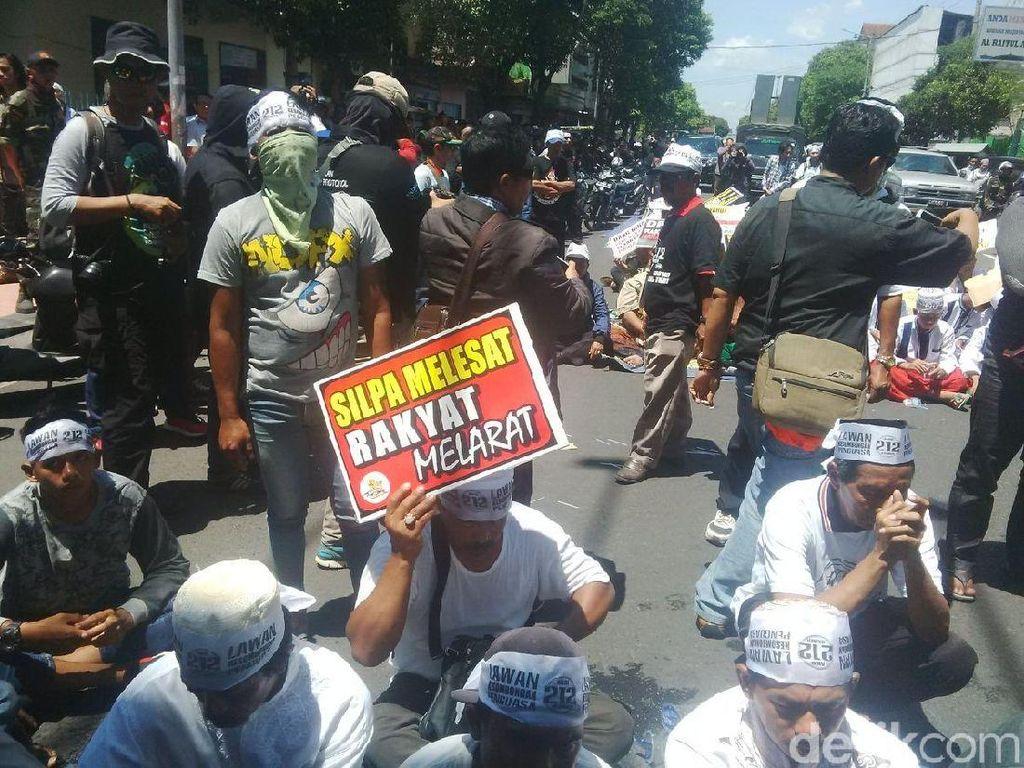 Foto: Aksi Damai 212 di Jember, 1 Orang Diamankan Polisi