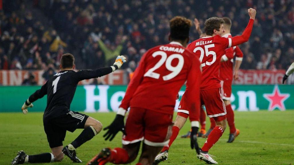 Mueller Bawa Bayern Ungguli 10 Pemain Besiktas