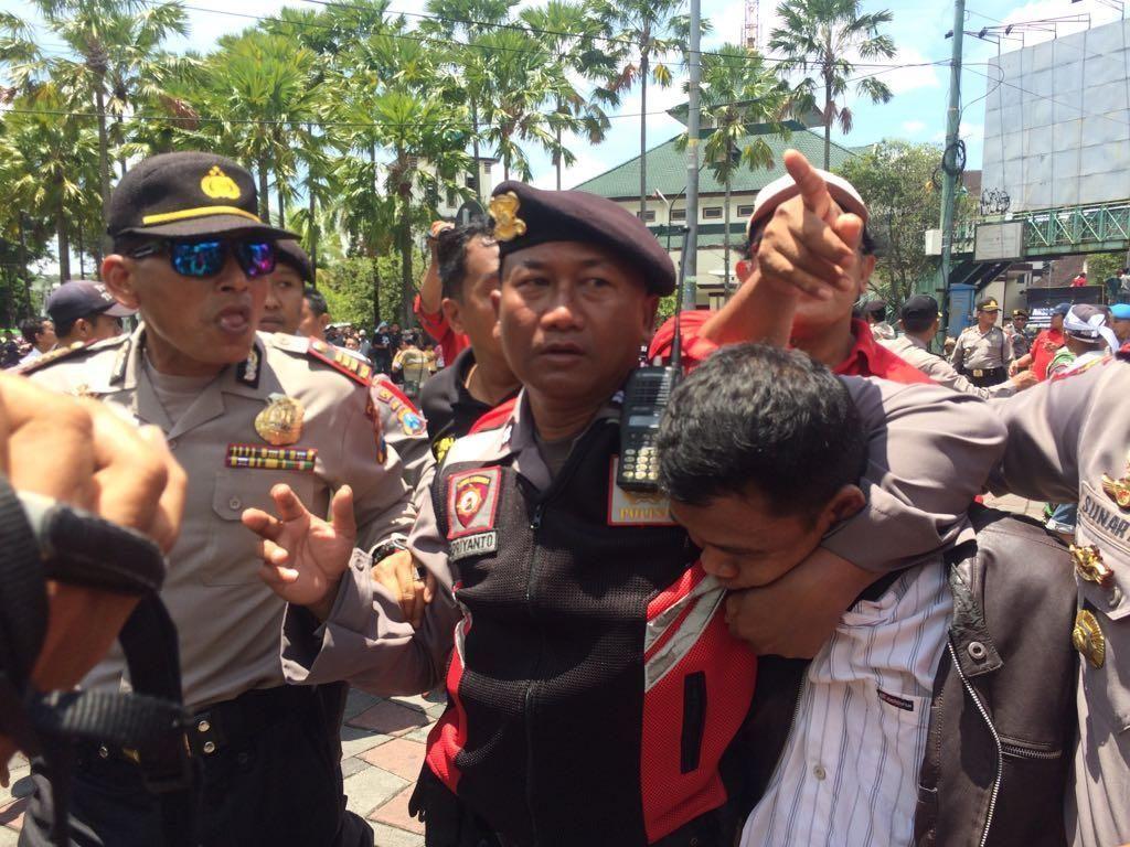 Diduga Provokator, Seorang Pemuda Ditangkap Dalam Aksi 212 Jember
