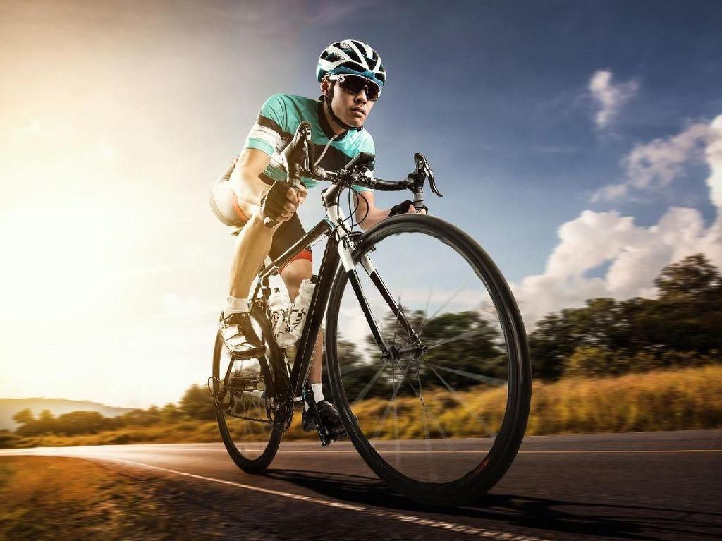 Benarkah Bersepeda Dapat Mencederai Alat Kelamin Pria?