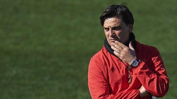 Vincenzo Montella tidak akan jadi pelatih timnas Italia (Foto: Aitor Alcalde/Getty Images)
